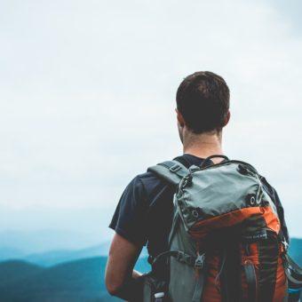 Sådan får du råd til at backpacke i dit sabbatår